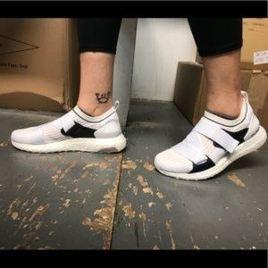 Stella McCartney Adidas CM7884 Ultraboost X Shoes